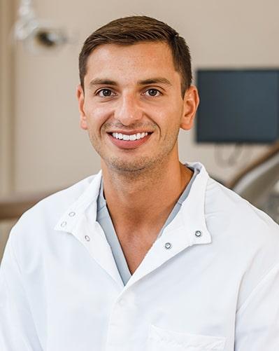 dentist-dimitri-chironis.jpg