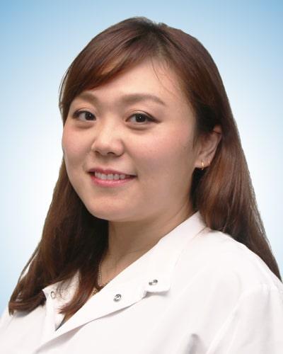 dentist-cici-chen.jpg