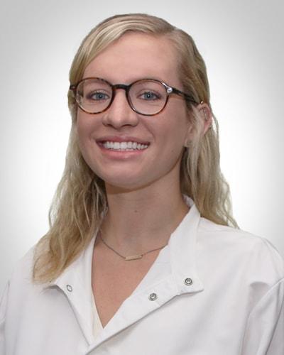 dentist-nina-rakowsky.jpg