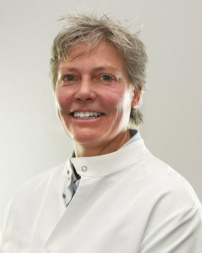 oral-surgeon-bernadette-wilson.jpg
