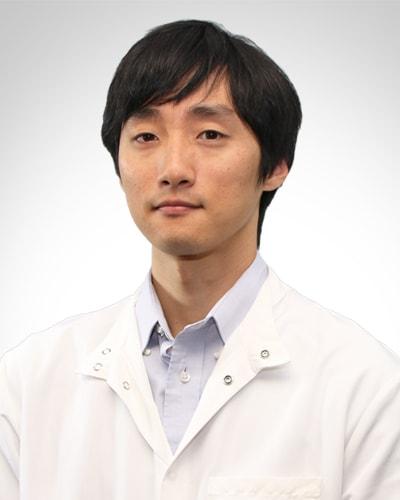 dentist-hyun-oh.jpg