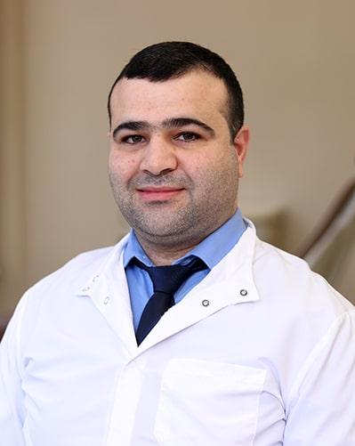dentist-mohammed-mansour.jpg